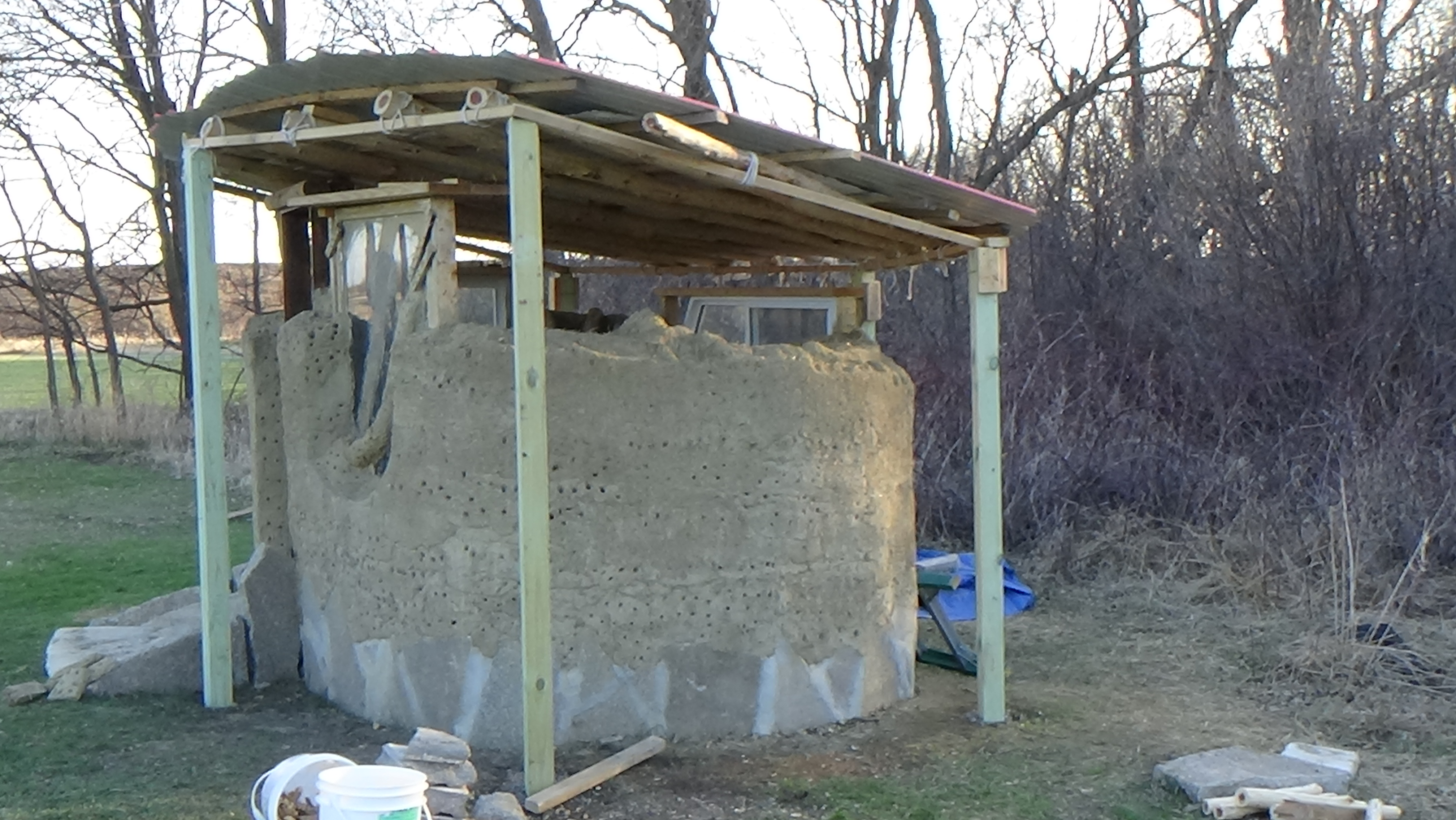 Diy build your own outhouse plans plans free for Outhouse building plans